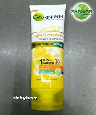 1x100 mL.Garnier Light Complete WHITE SPEED SCRUB Brightening Foam Face Wash