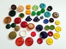 Lot of 40 Funky Vintage Mid Century Plastic Art Deco Buttons Celluloid Bakelite