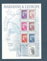 BLOC-FEUILLET DE 7 TIMBRES SÉRIE MARIANNE ET L'EUROPE