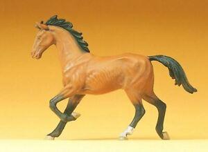 PREISER 1/25 SCALE FIGURES DOMESTIC ANIMAL TROTTING HORSE   47022