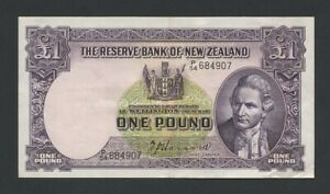 NEW ZEALAND  £1  1940  Hanna sig P159a  About EF Banknotes