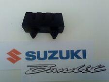 ORIGINALE SUZUKI BANDIT GSF650 GSF 650 SERBATOIO DELLA Benzina MONTAGGIO GOMMA X