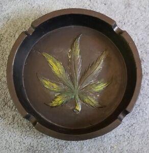 Marijuana Leaf Ash Tray