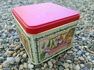 """Vintage Christmas David the Gnome Tin Potpourri Press 1980 Unieboek USA  4.5"""""""