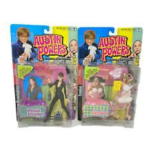 Austin Powers Lot of 2 McFarlane Talking Elizabeth Hurley Kensington / Fembot