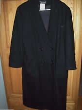 Perfect New York black winter coat  size 12 p 100% wool  by Benard Holtzman