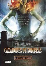 Cazadores de sombras 1. Ciudad de hueso (Isla del Tiempo) (Spanish Edition), Cla