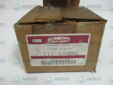 DAYTON 1A580 SOLENOID VALVE  BODY * NEW IN BOX *