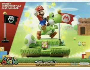 FIRST 4 FIGURES SUPER MARIO AND YOSHI DEFINITIVE EDITION collectible statue