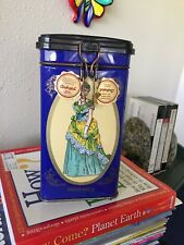 VINTAGE LADY ON BLUE COLLECTIBLE  ITALIAN AMBROFOLI CANDY TIN HINGED LID EMPTY