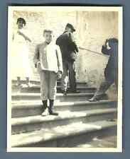 Italia, Cagliari, Bambini nella strada   Vintage silver print. Vintage Italy.