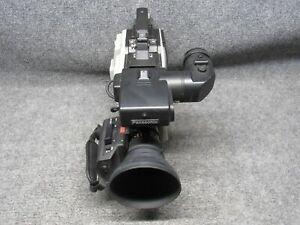 Panasonic WV-F70 Color Video Camera with WV-LZ70/12 TV Zoom Lens *Tested*