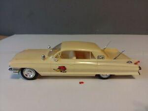 VINTAGE ORIGINAL JOHAN 1961 CADILLAC FLEETWOOD MODEL CAR BUILT UNPAINTED 1/25