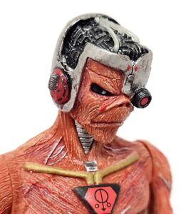 Neca Movie - Iron Maiden Somewhere in Time Eddie 17cm Action Figure + Stand