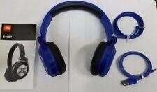 Auricolari e cuffie blu JBL con microfono
