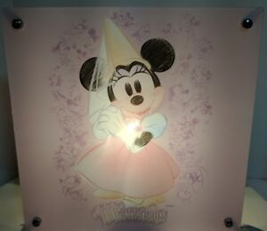 """Disney Minnie Mouse 2 Sided Acrylic Lamp 11""""x 11""""x 4"""" On/Off Switch in Cord (ws6"""