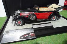 MERCEDES 540 K Cabriolet Rouge / Noir + boite vitrine 1/24 CMC voiture miniature
