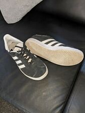 Black adidas gazelle size 5.5