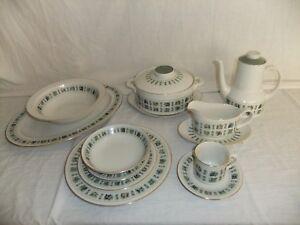 c4 Porcelain Royal Doulton Tableware English Translucent China - Tapestry - 5F1B