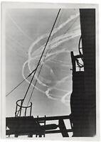 Luftkampf aus der Sicht der Kriegsmarine. Orig-Pressephoto von 1942.