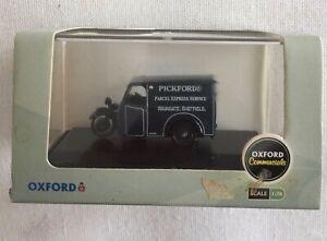 OXFORD Commercials, RELIANT 3 Wheeler van 00 gauge. Pickford, parcel servic BNIB