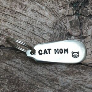 Cat Mom - Cat Lover, Crazy Cat Lady Handmade Silver Plated Spoon Handle Keyring