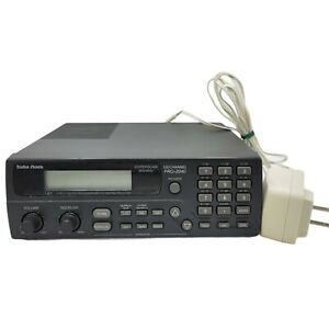 Radio Shack PRO-2040 100 Channel Hyperscan 800 MHz Scanning Receiver - Tested