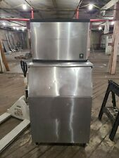 Manitowoc ice machine 500lb with bin!
