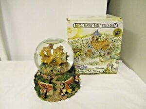 2000 Boyd's Bearly Built villages Musical Snow Globe Dome-Boxed-Bailey's Cottage