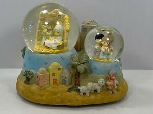 Enesco Precious Moments Musical Away in A Manger Nativity Double Snow Globe 1999