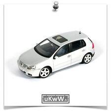 AutoArt 1/43 - VW Volkswagen Golf V 5 portes 2003 argent