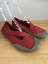 Keen Ladies Red Neoprene Water Shoes 11 M