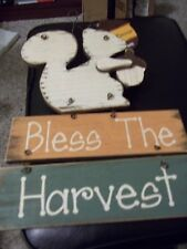"THANKSGIVING 11"" T WALL DECOR( BLESS THE HARVEST) SQUIRREL WITH ACORN FALL"