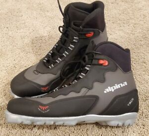 Alpina TR15 NNN Cross Country Ski Boots Black Gray Size 43 EUR/9.5-10 US