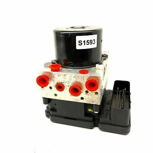 VOLVO V70 XC70 -10 ABS Pump and Control Module 30681619 8G9N-2C405-AC P30681619