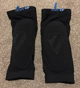 7iDP Transition Mens Knee Pads Black Medium