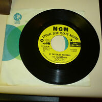 NORTHERN SOUL 45RPM RECORD WITH COMPANY SLEEVE - THE FORMATIONS - MGM 13899 - DJ