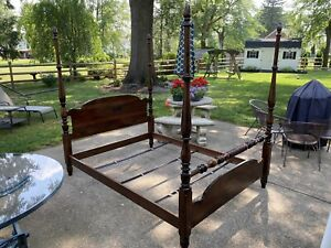 Vtg. Ethan Allen Queen Antiqued Pine Dual Height Poster Bed Old Tavern #12-50625