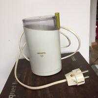 Alte KRUPS Kaffeemühle Typ KM 50 der 70er/80er Jahre weiß