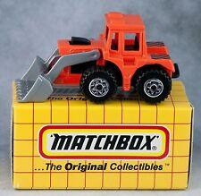 Matchbox MB 29 Shovel Nose Tractor Orange Gray Bucket Thailand Casting 1995 MIB