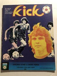 1975 Kick NASL Soccer CHICAGO Sting vs MIAMI TOROS NASL 48 page Program