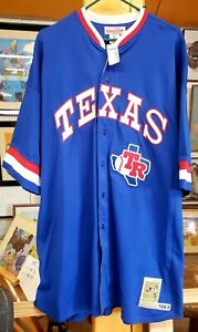 NEW BUDDY BELL COOPERSTOWN COLLECTION 1983 TEXAS RANGERS #25 (FREE SHIPPING!!!)
