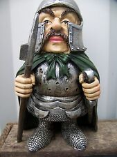 97100 a  FIGURINE   CHEVALIER  MEDIEVAL ARMURE  MOYEN AGE 30%