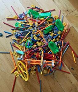 Job lot Mixed Bundle of Knex K'NEX parts including 7 seats from a Ferris wheel
