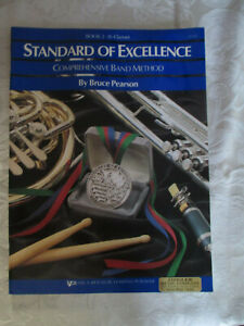 STANDARD OF EXCELLENCE - BOOK 2 - Bb CLARINET - KJOS MUSIC COMPANY - LESSON BOOK