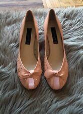 Steven Steve Madden Vyktoria Peep Toe 50's Classic Pink Patent Shoes Pumps NEW 8