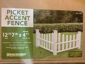 Yardworks White Vinyl Corner Picket Accent Fence 20 YR Warranty New in Box