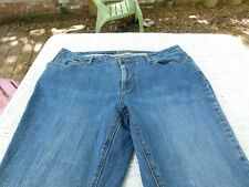 ST JOHNS BAY WOMENS DENIUM JEANS SIZE 20W TO 22W-GOOD CONDITION!