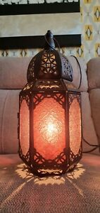 MOROCCAN STYLE GLASS TABLE LAMP