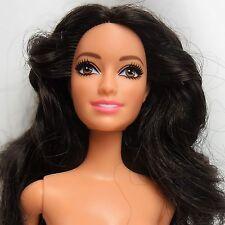 Barbie Raquelle Asian esculpir raven hair ojos marrones no flexible piernas desnudas AO39